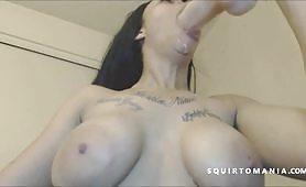 Big Black Ass Latina Squirting Again and Again WOW!